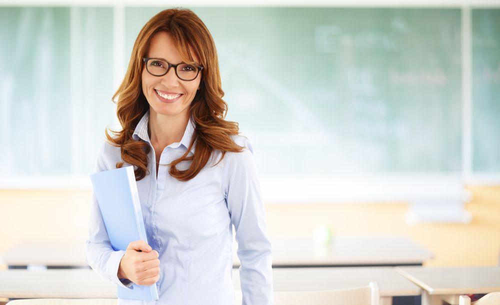5-pontos-que-voce-deve-analisar-ao-escolher-um-professor-de-ingles.jpeg