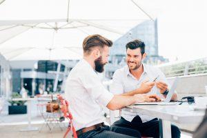 Como encontrar um sócio investidor para franquia?
