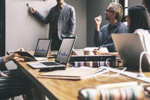 Business English: 4 dicas para falar o inglês dos negócios